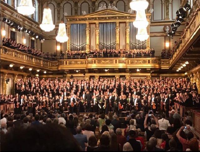オーストリア オーケストラ