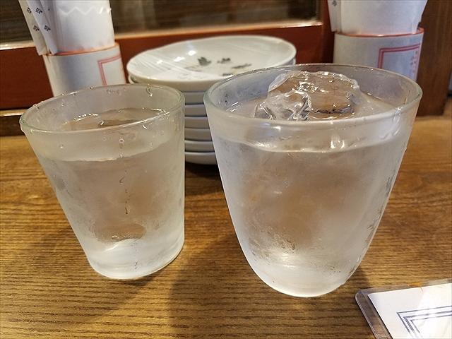 20190315_151623_R 請福とチェイサー。どっちが水。左