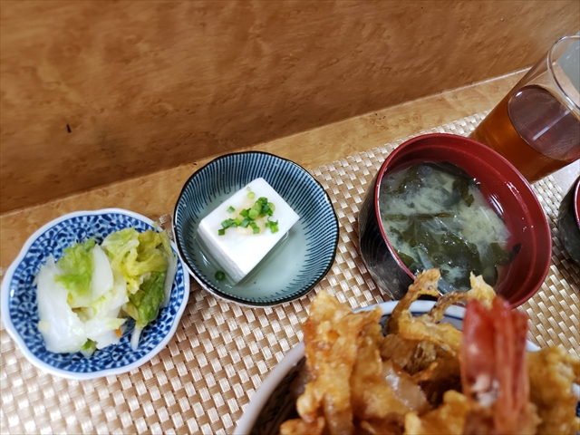 20190825_113646_R 豆腐とわかめの味噌汁