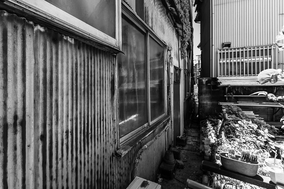 190616国道駅980-7898