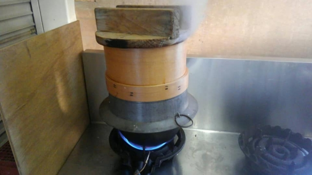 お赤飯を蒸し器で作る