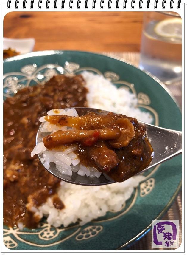 牛豚キーマカレー(すくったところ)