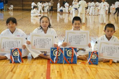 愛媛新聞「Sportえひめ」日本拳法西日本少年大会