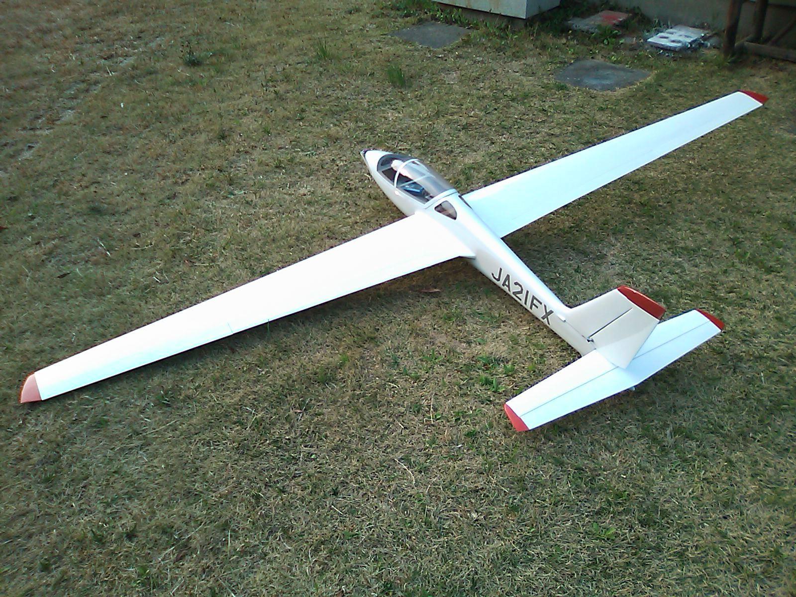 グライダー ラジコン