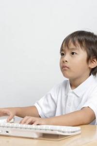 kid0102-001.jpg