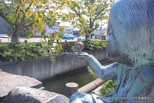 境港 水木しげるロード 川沿いの鬼太郎と目玉の親父