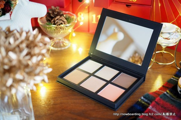 HD BROWS Contour and Colour Pro Palette ルックファンタスティック アドベントカレンダー