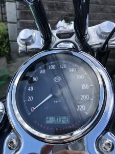ハーレー エンジンオイル交換 3000キロ