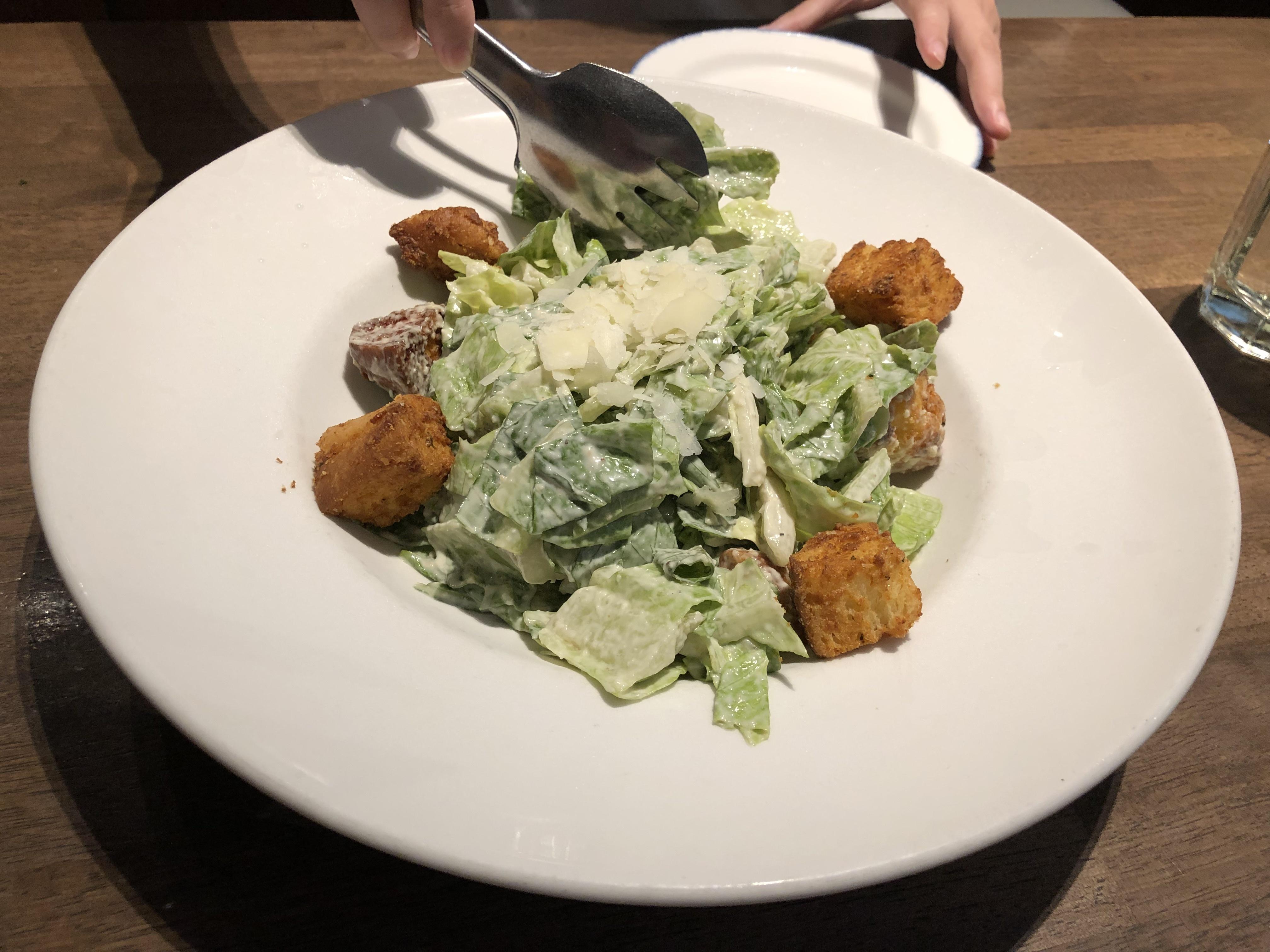 ハードロックカフェ大阪 シーザーサラダ