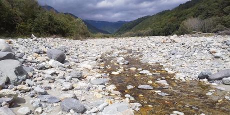 放水路の上流