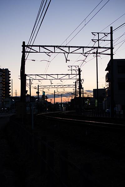 瀬戸電夕暮れ