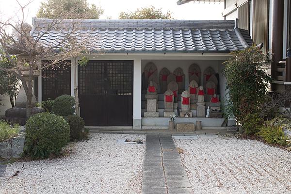 上社観音寺石仏