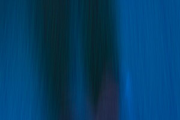 ブルーな影