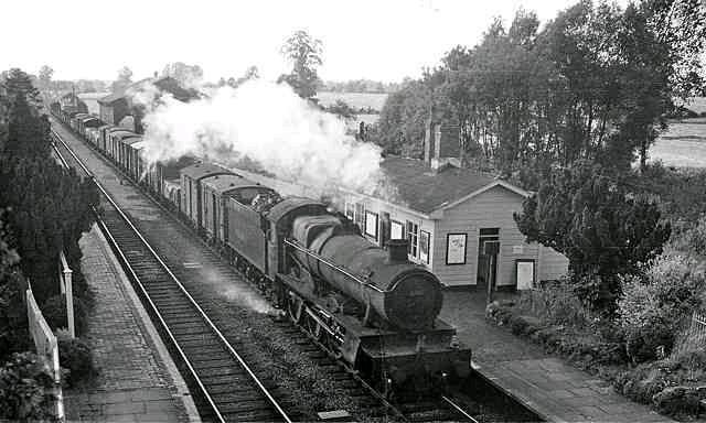 1905-58b-Cotswolds Famous Tour-Adlestrop station