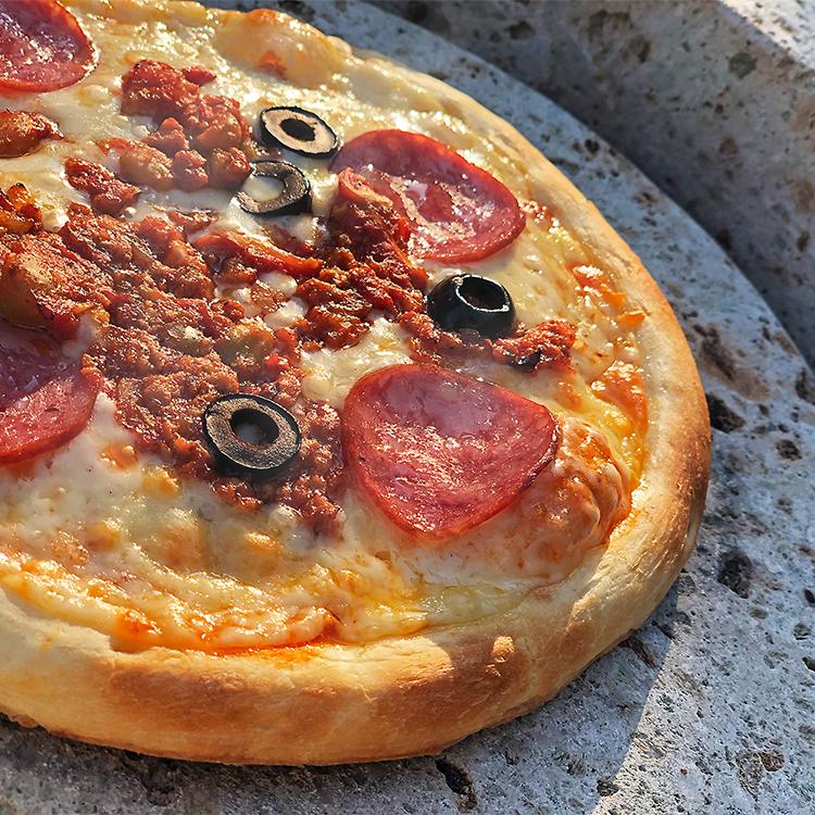 スモークピザ