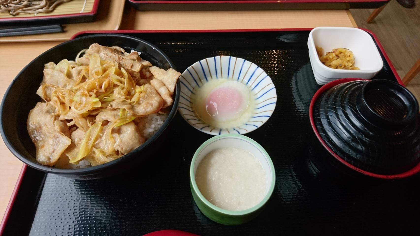 富士小山 道の駅 金太郎パワー焼肉丼