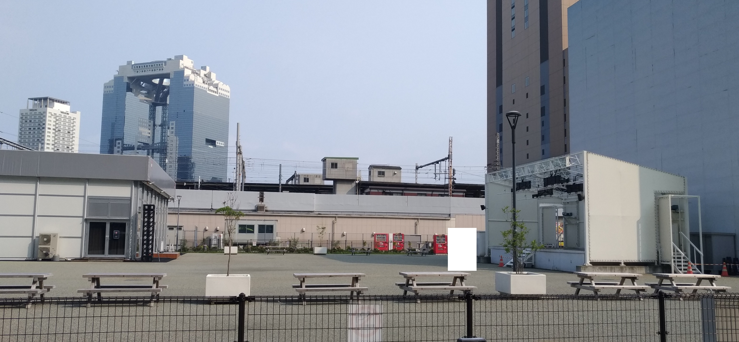 yoshimoto_nishi_umeda_osaka_heiten_2.jpg