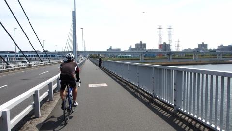 清砂大橋を渡って葛西臨海公園へ