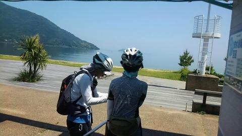 琵琶湖の北側(マキノ町あたり)は海水浴場ならぬ遊水場