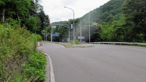 国道144号線に合流後、菅平口に到着。これは左側へ行きます。