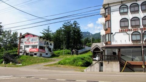 赤倉温泉スキー場付近