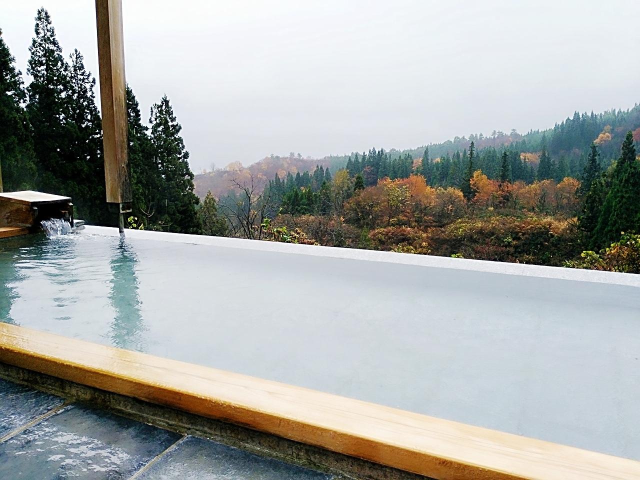 旅のテーマはオーガニック&デトックス【里山十帖】で心もカラダもスッキリの1泊2日新潟県大沢温泉の旅