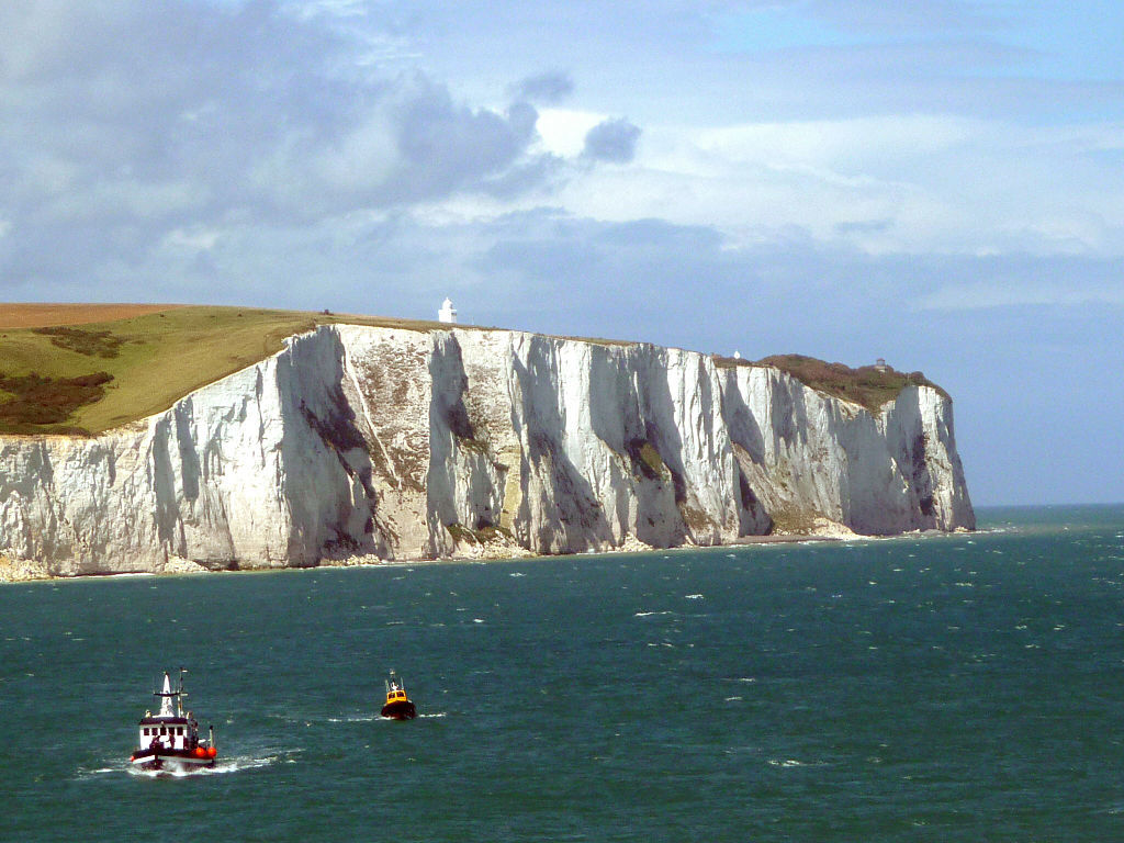1024px-White_Cliffs_of_Dover_02.jpg