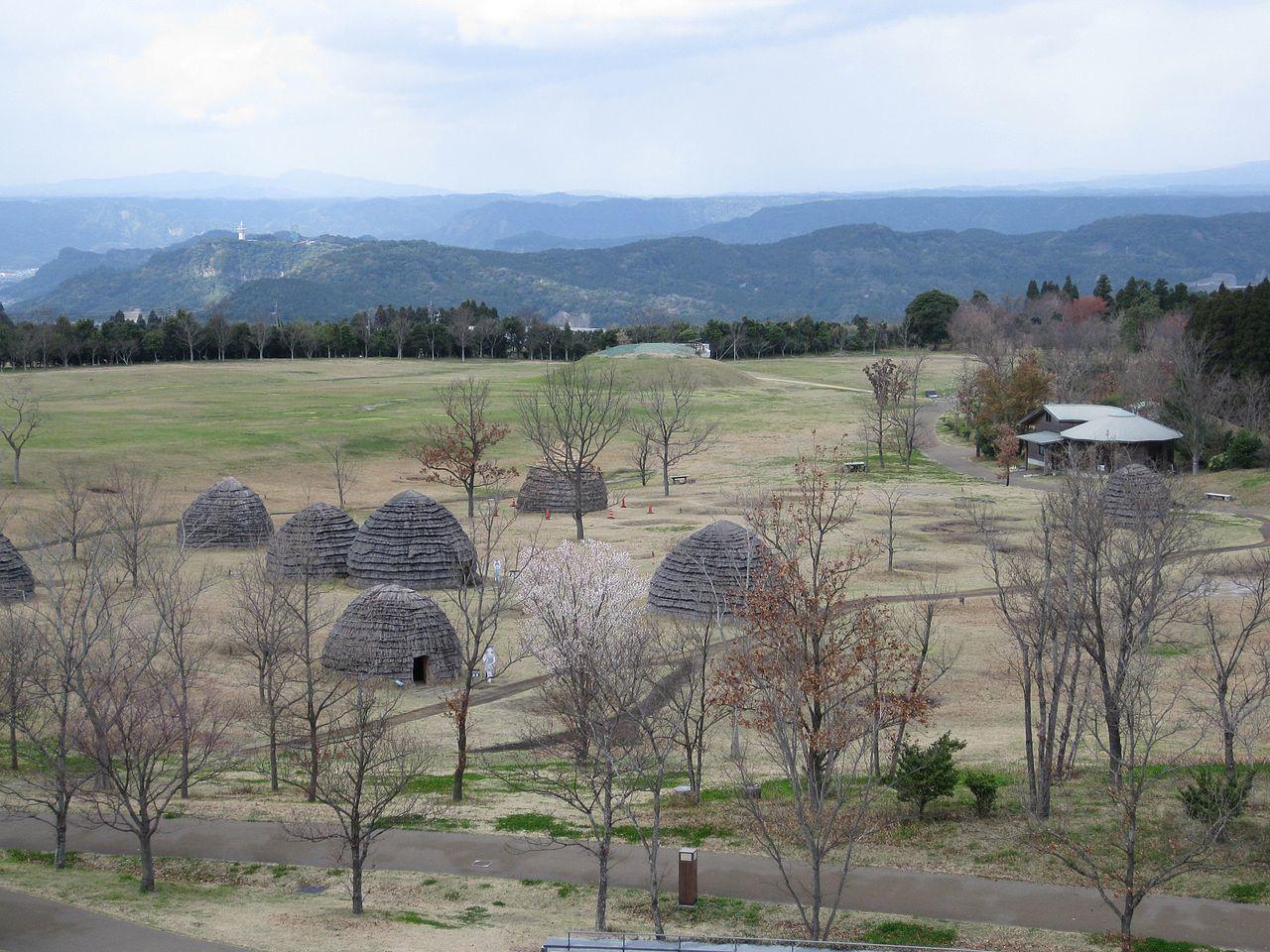 上野原縄文の森にある復元集落