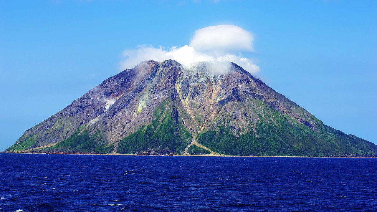 薩摩硫黄島(いおうじま)硫黄岳