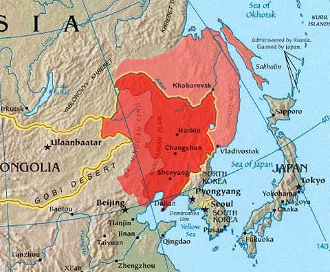 右側の薄い赤が外満洲:条約でロシア領と確定した部分。