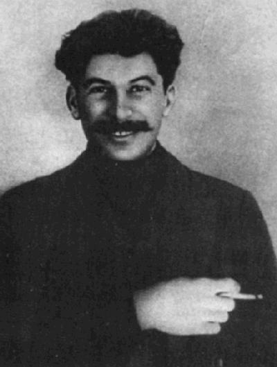 ヨシフ・スターリン(1915年)