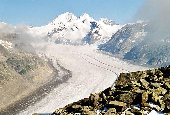 スイス・アルプスの氷河