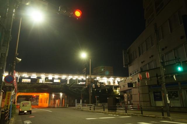 始発電車が走るの頃の日野駅とミゼット