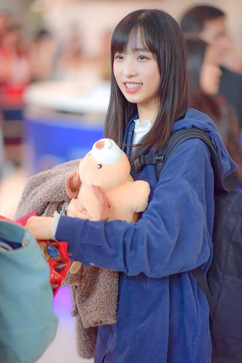 【悲報】 タイの空港の小栗有以さん…容姿が天使みたいにキラキラに輝いている状態を撮影されてしまう