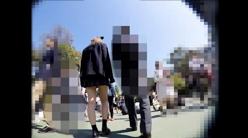 JKパンティー逆さ撮り盗撮画像 4
