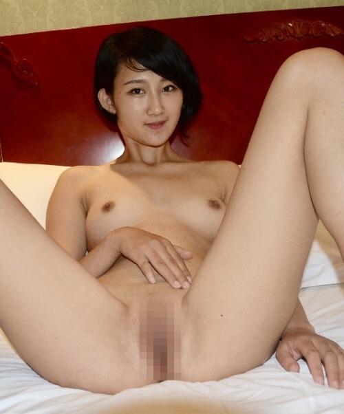 パイパンなアジアン美女のヌード画像 8