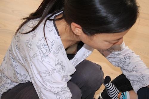 胸チラ乳首見え画像 6