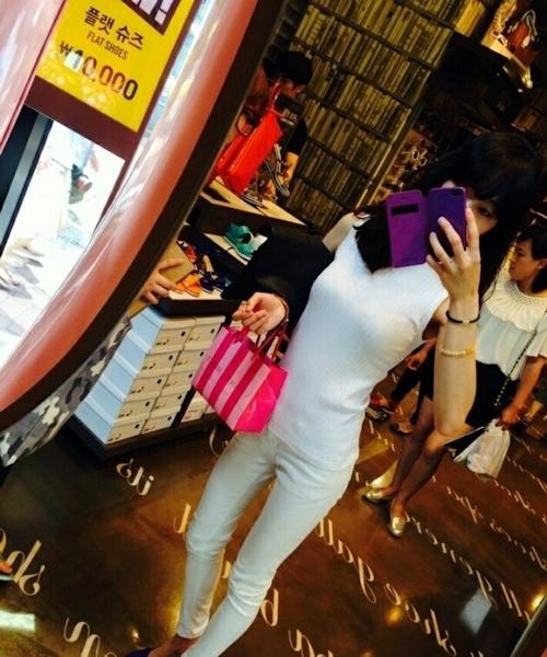 意識高い系韓国素人美女の自分撮りヌード画像 1