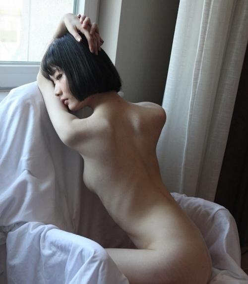 アジアン美女のきれいなせみヌード画像 4
