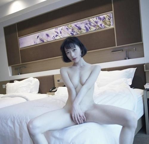 アジアン美女のきれいなせみヌード画像 5
