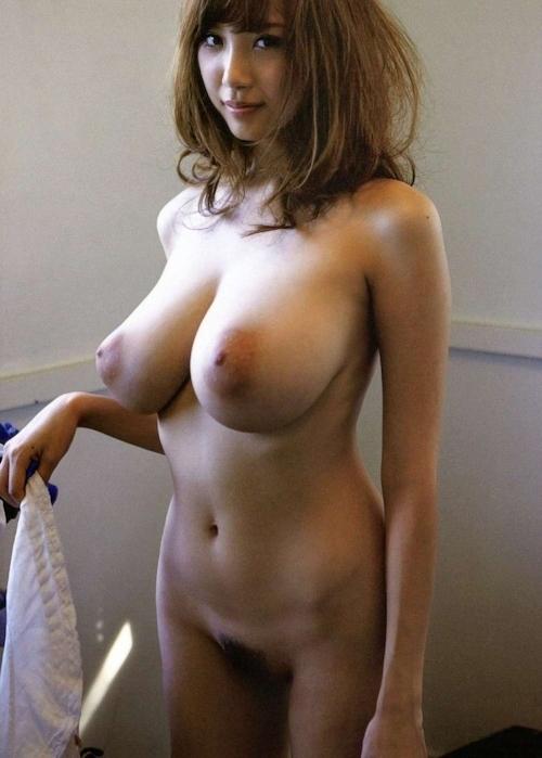 Jカップ爆乳美女 RION(リオン) セクシーヌード画像 9