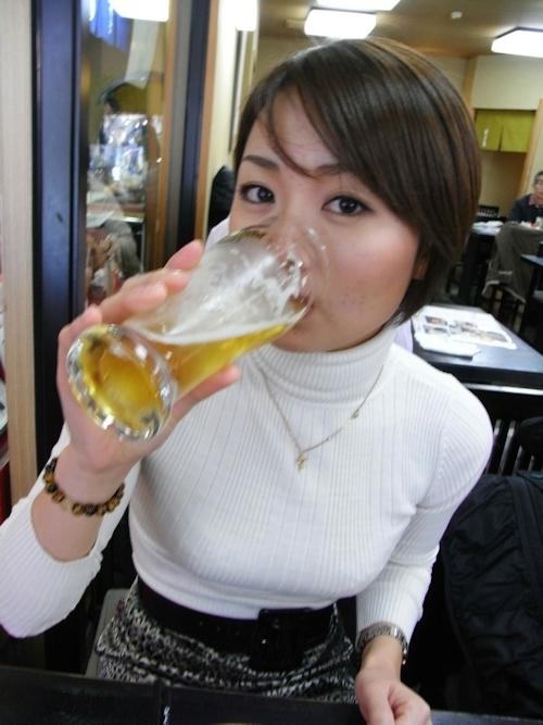 25歳の素人美女のプライベートヌード画像 1