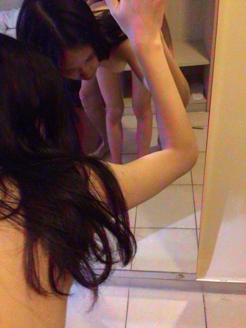 ガールフレンドをホテルで撮影したヌード&ハメ撮り画像 4