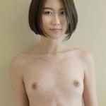 スレンダー美女モデルのヌード画像