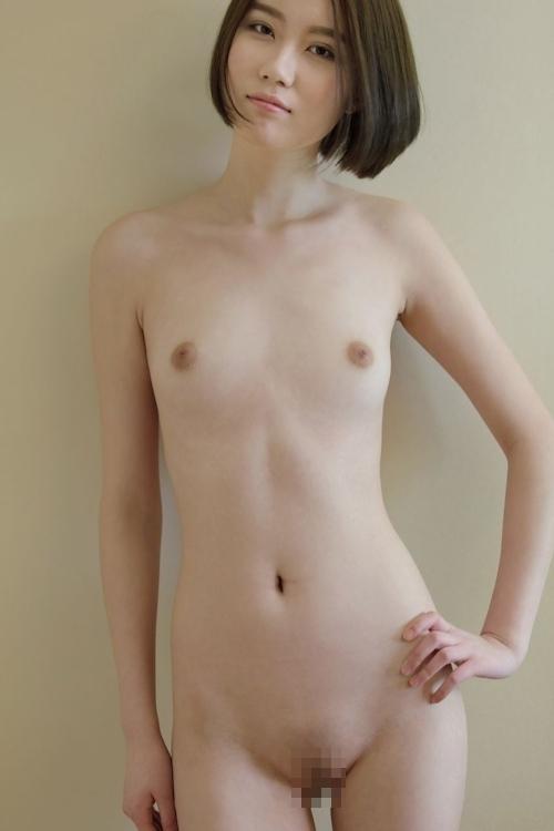 中国スレンダー美女モデルのヌード画像 8