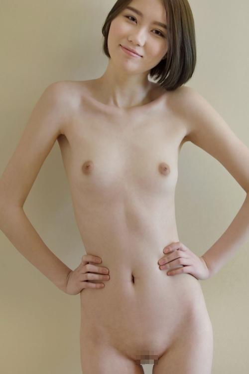 中国スレンダー美女モデルのヌード画像 11