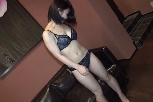 素人女性をホテルで撮影したヌード画像 3