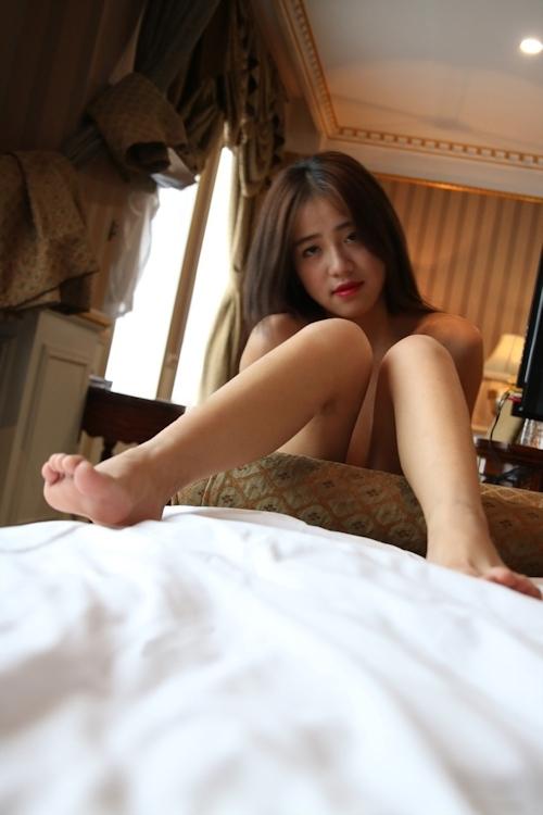 美乳なアジアン美女のヌード&マ○コくぱぁ画像 1
