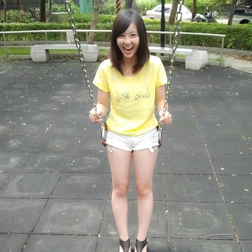 台湾美少女自分撮りヌード流出画像 1