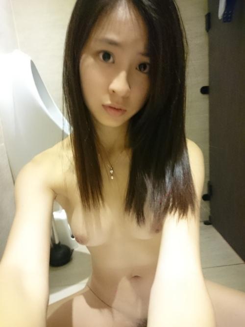 台湾美少女自分撮りヌード流出画像 6